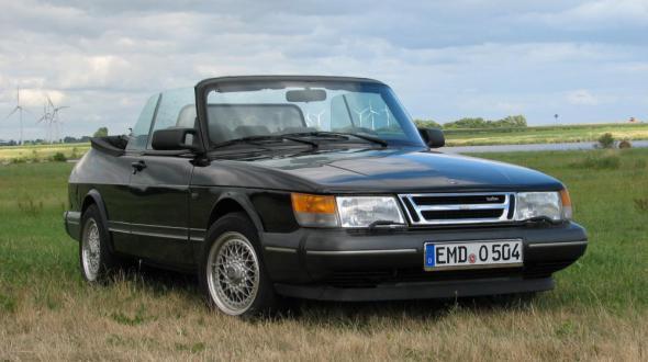 klassisches saab 900 cabrio mit berholtem motor und. Black Bedroom Furniture Sets. Home Design Ideas